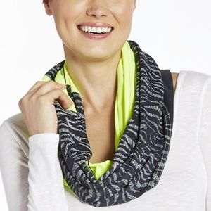Fabletics Infinity Scarf